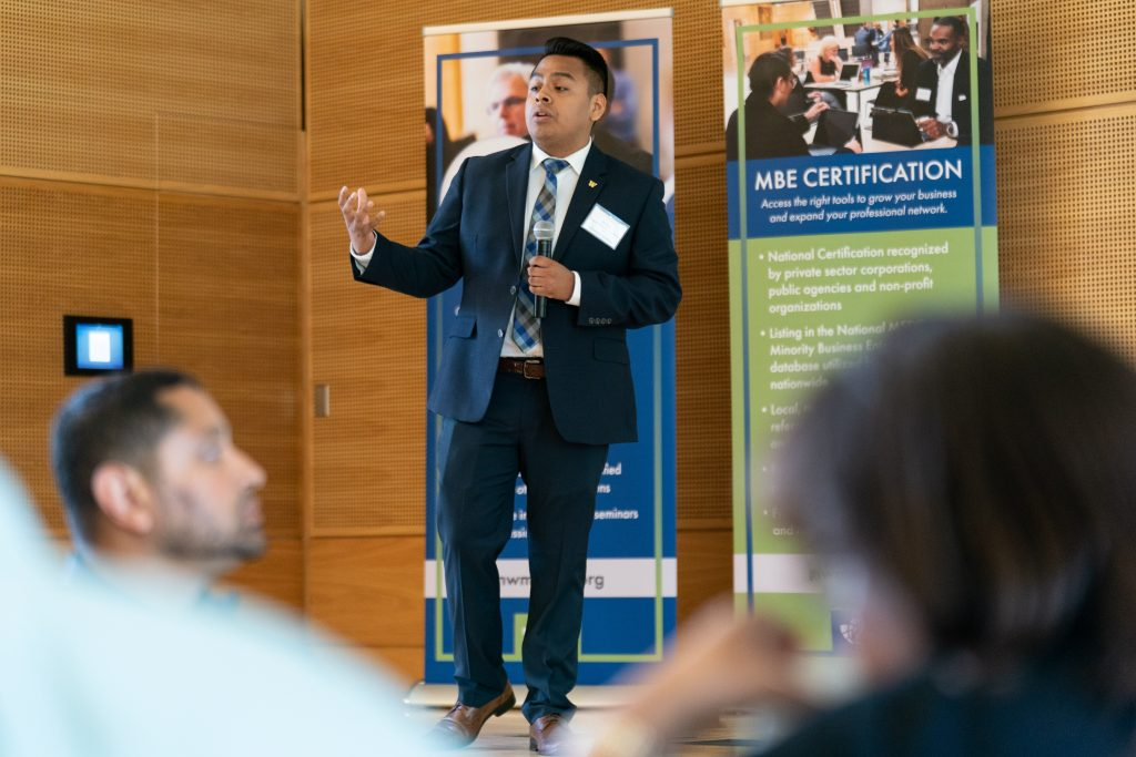 "UW Students Present ""Supplier Diversity Toolkit"" at the 2019 Annual Conference"